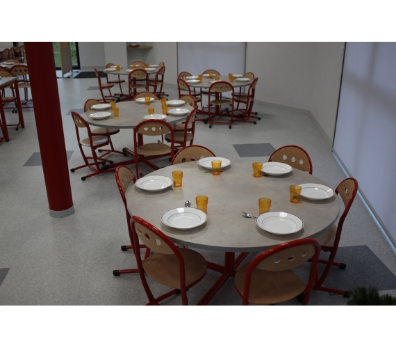 Mobilier restauration scolaire cantine table quipement for Materiel cantine collective